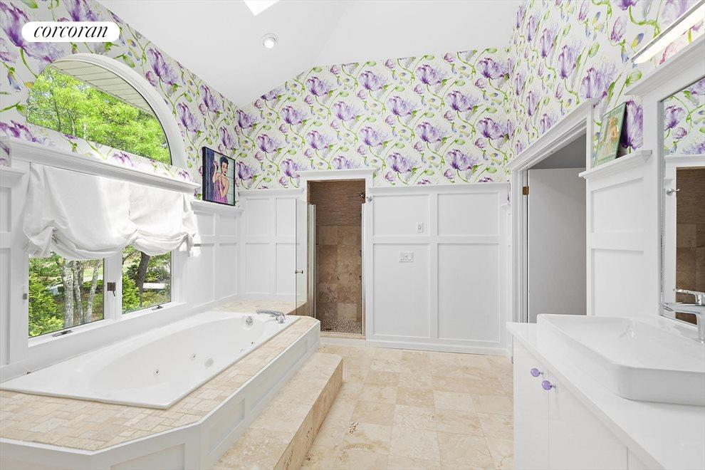 The Hamptons Real Estate | View 4 Honeysuckle Lane | Upstairs Master Bath