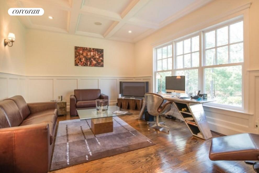 The Hamptons Real Estate | View 206 Bull Path | room 14