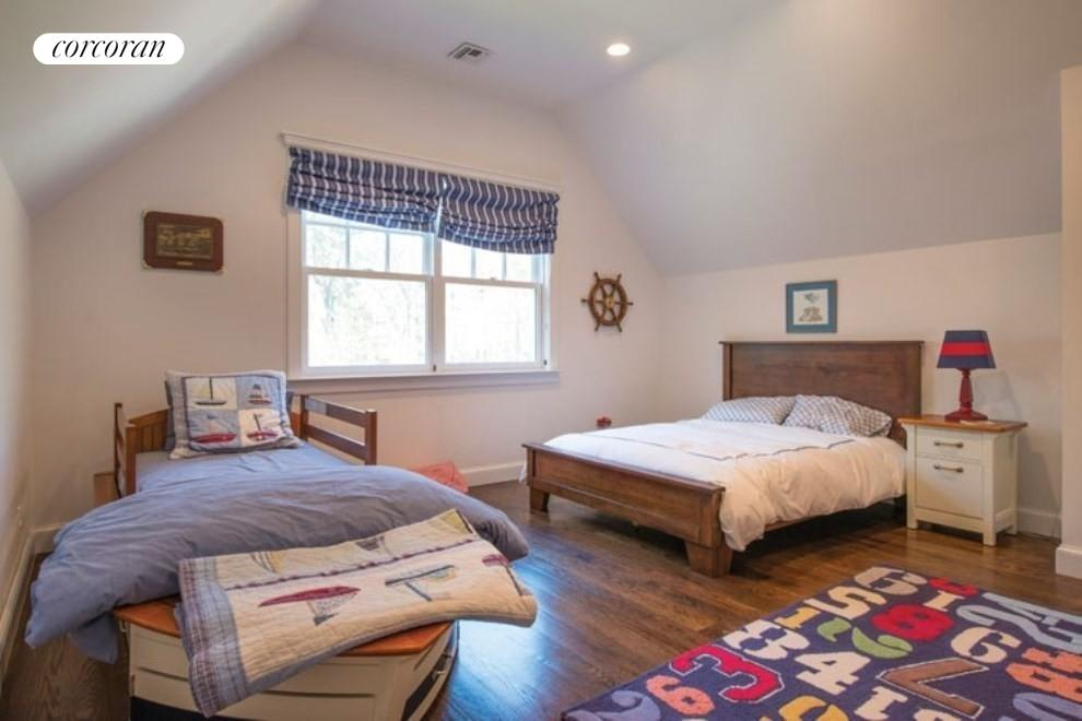The Hamptons Real Estate | View 206 Bull Path | room 16