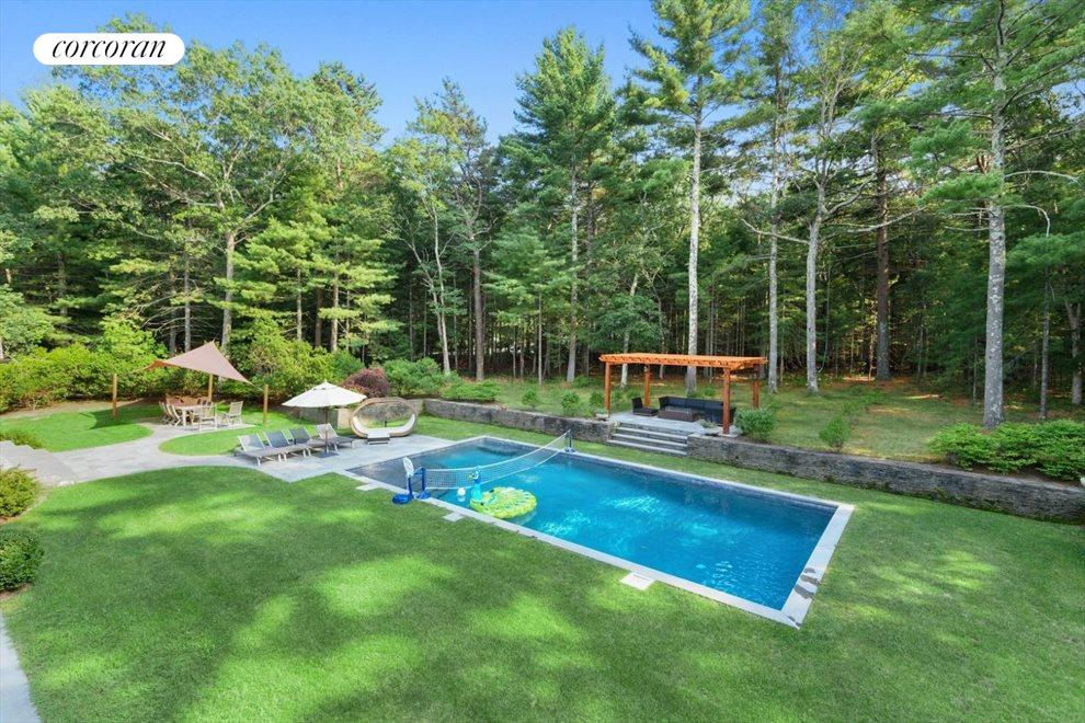 The Hamptons Real Estate | View 206 Bull Path | room 32