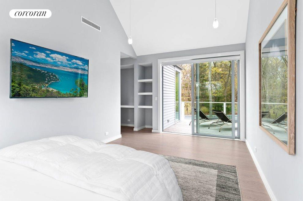The Hamptons Real Estate | View 11 Walker Avenue | room 13
