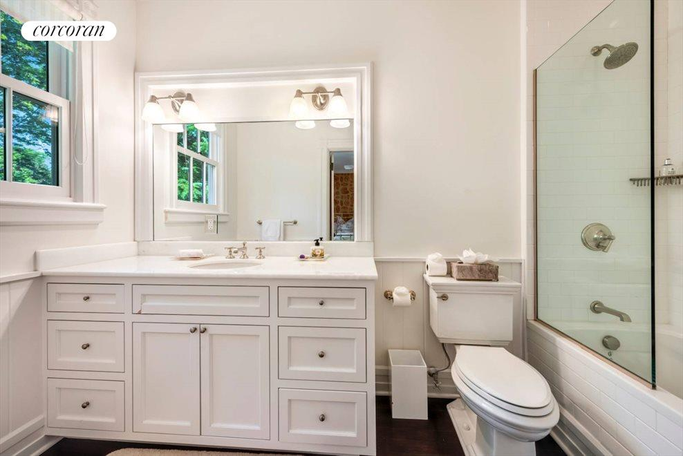 The Hamptons Real Estate | View 75 South Main Street | Guest Bath