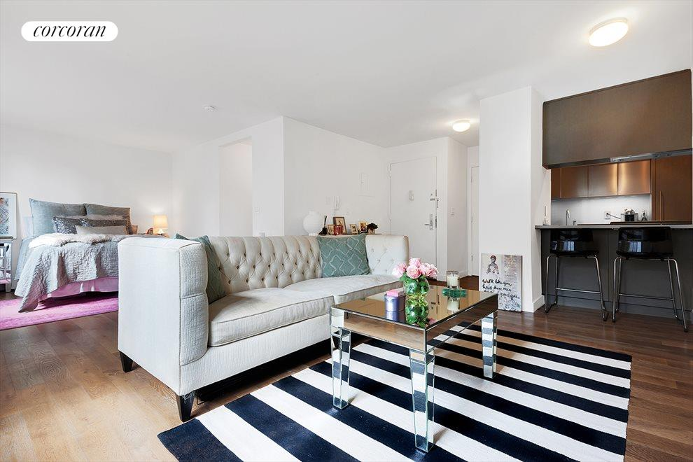 New York City Real Estate | View 225 RECTOR PLACE, #7s | room 4
