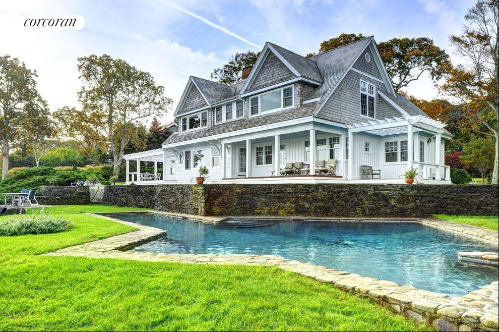 The Hamptons Real Estate | View 48 Forest Road | 5 Beds, 4.5 Baths