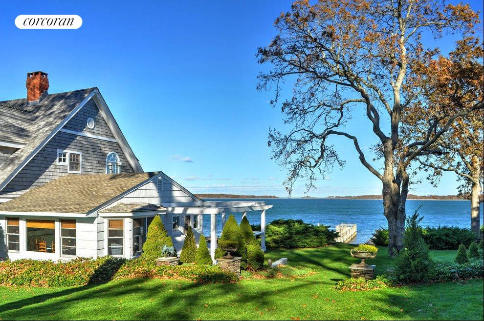 The Hamptons Real Estate | View 48 Forest Road | room 2