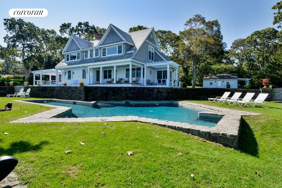 The Hamptons Real Estate | View 48 Forest Road | room 21