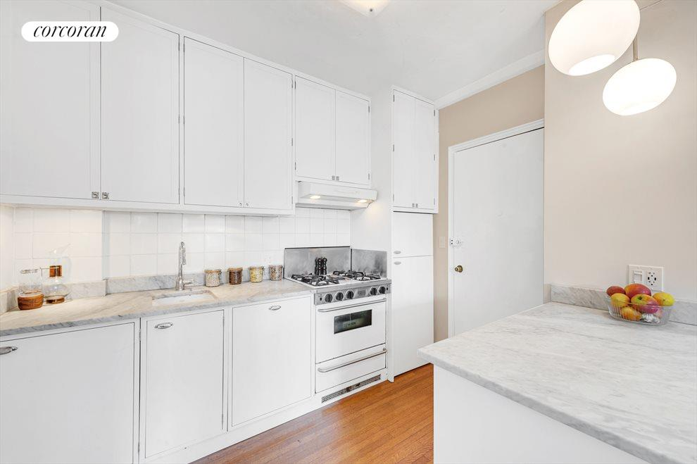 New York City Real Estate | View 30 Remsen Street, #3b | room 3