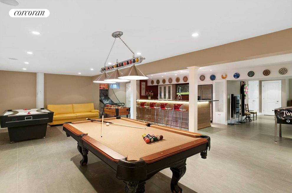 The Hamptons Real Estate | View 15 Parrish Pond Lane | Game Room