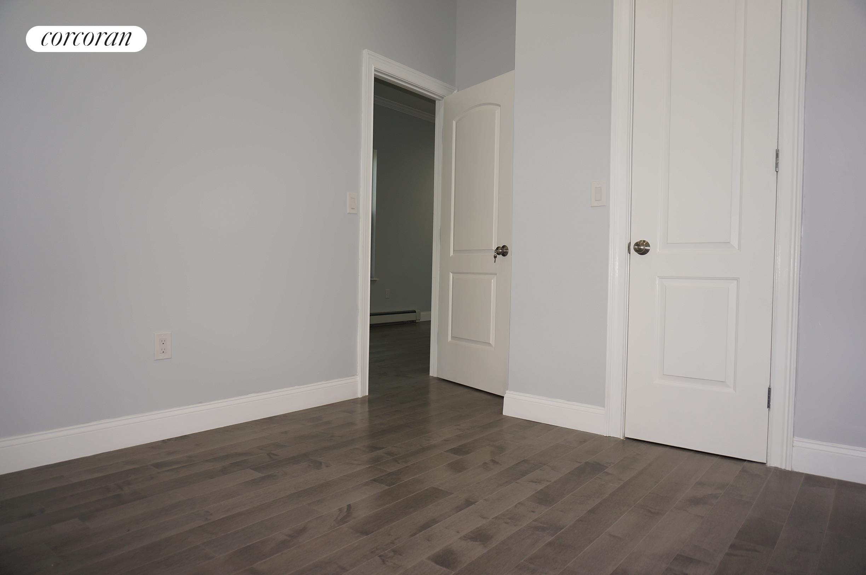 305 Cornelia Street Interior Photo