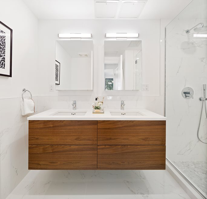 356 Baltic | 356 Baltic Street | Master Bathroom