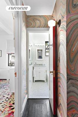 New York City Real Estate | View 1349 Lexington Avenue, #9C | Chic and stylish wall coverings and lighting
