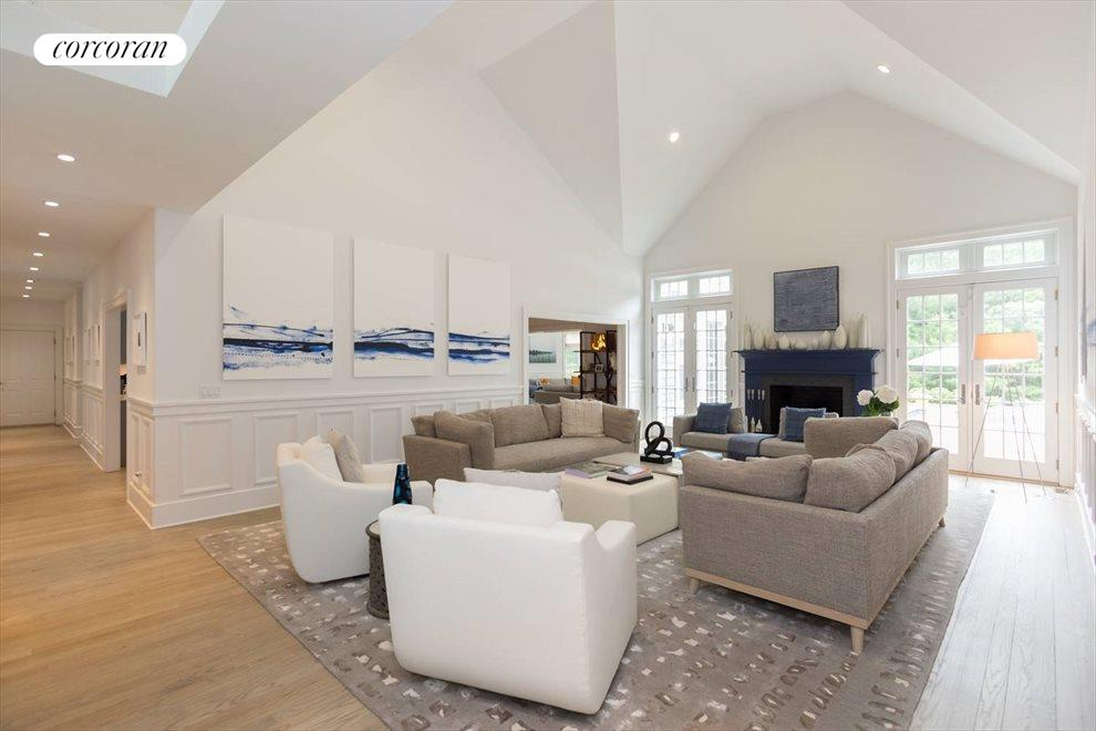 The Hamptons Real Estate | View 18 Noelles Lane | Open Living