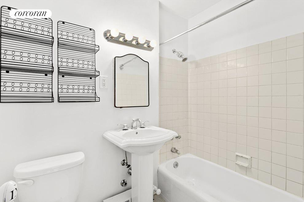 New York City Real Estate | View 85 Livingston Street, #16L | Sparkling Bath