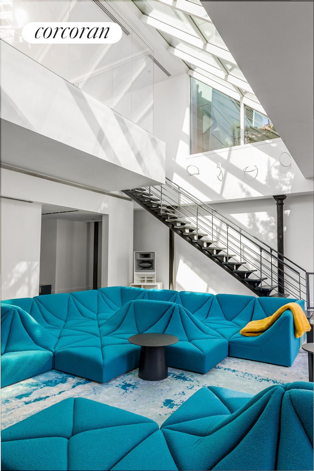 140 Franklin Street Interior Photo