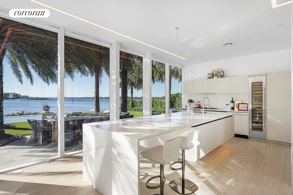 South Florida Real Estate | View 2299 Ibis Isle Road | room 14