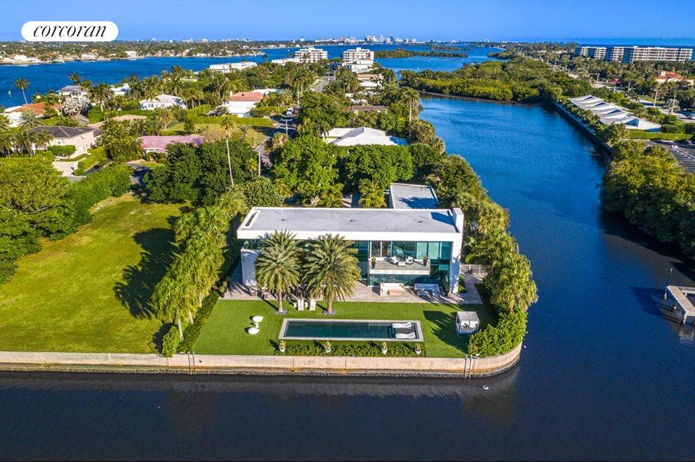 South Florida Real Estate | View 2299 Ibis Isle Road | room 32