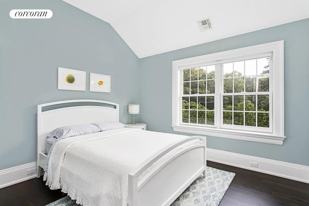 The Hamptons Real Estate | View 26 Fortune Cookie Lane | room 14