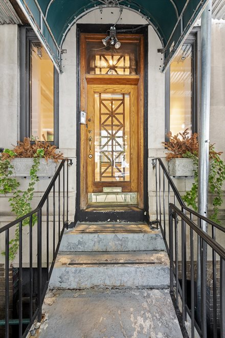 New York City Real Estate | View 255 West 86th Street, #Duplex | Private Dedicated Entry