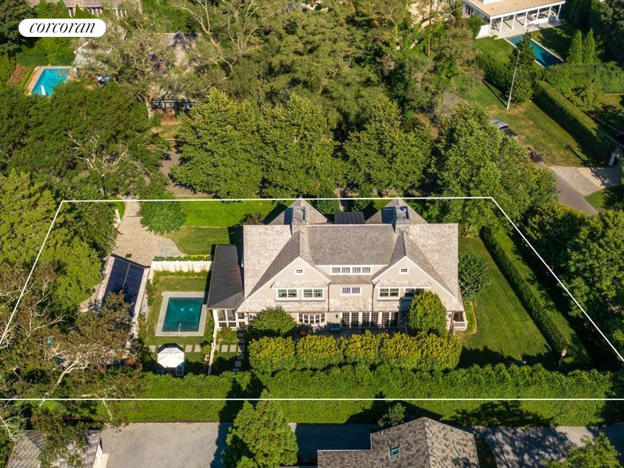 The Hamptons Real Estate | View 17 Toylsome Place | room 1