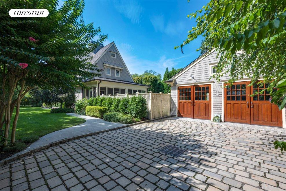 The Hamptons Real Estate | View 17 Toylsome Place | room 4