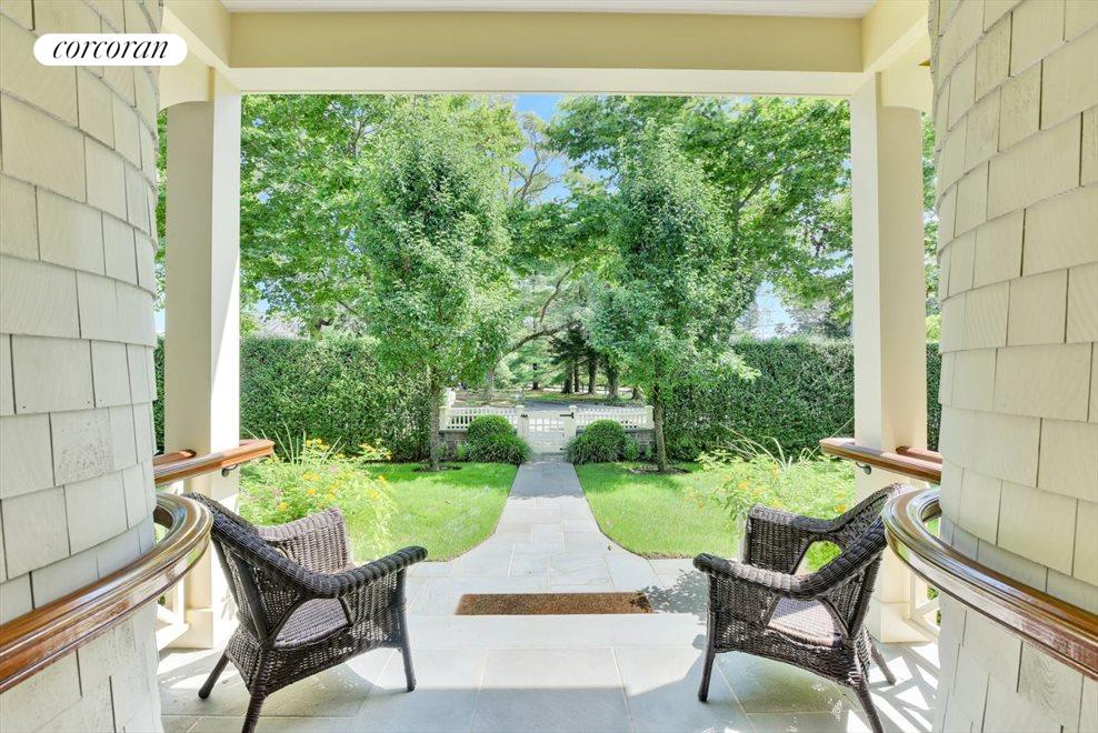 The Hamptons Real Estate | View 17 Toylsome Place | room 11