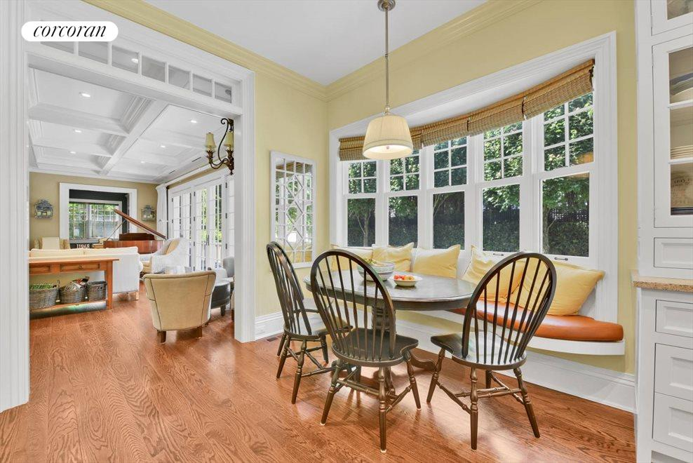 The Hamptons Real Estate | View 17 Toylsome Place | room 19