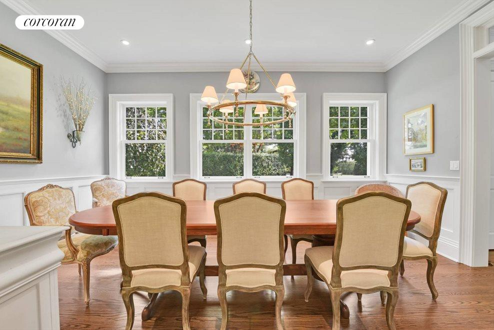 The Hamptons Real Estate | View 17 Toylsome Place | room 20