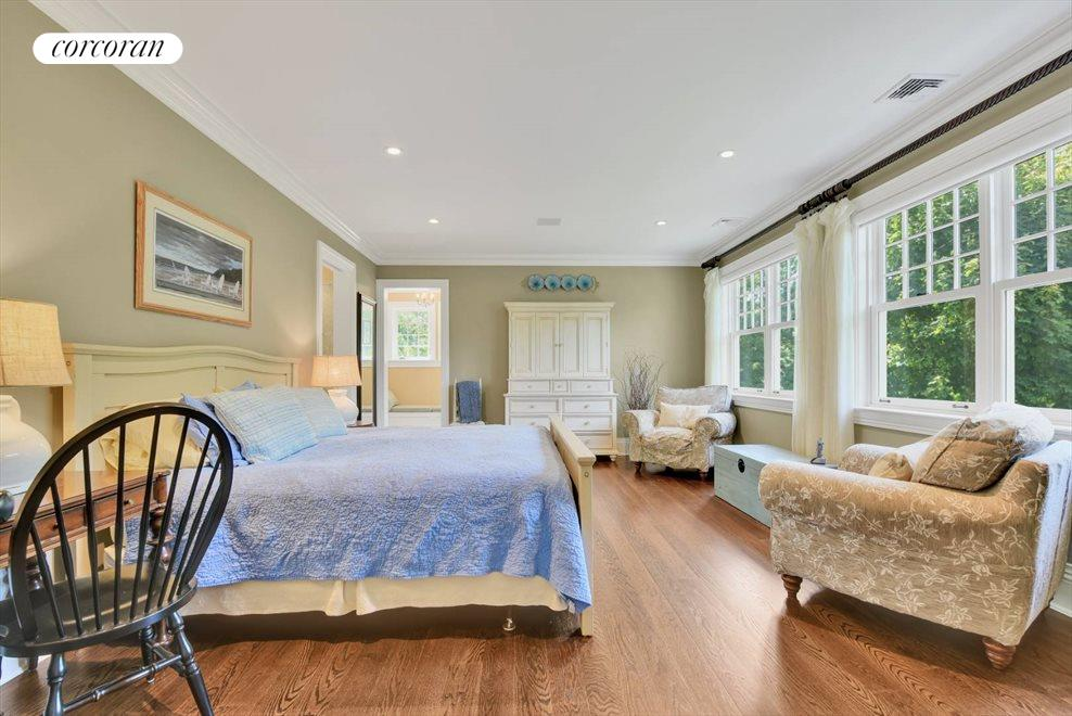 The Hamptons Real Estate | View 17 Toylsome Place | room 24