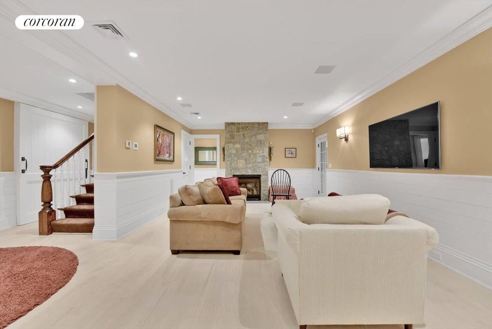 The Hamptons Real Estate | View 17 Toylsome Place | room 28