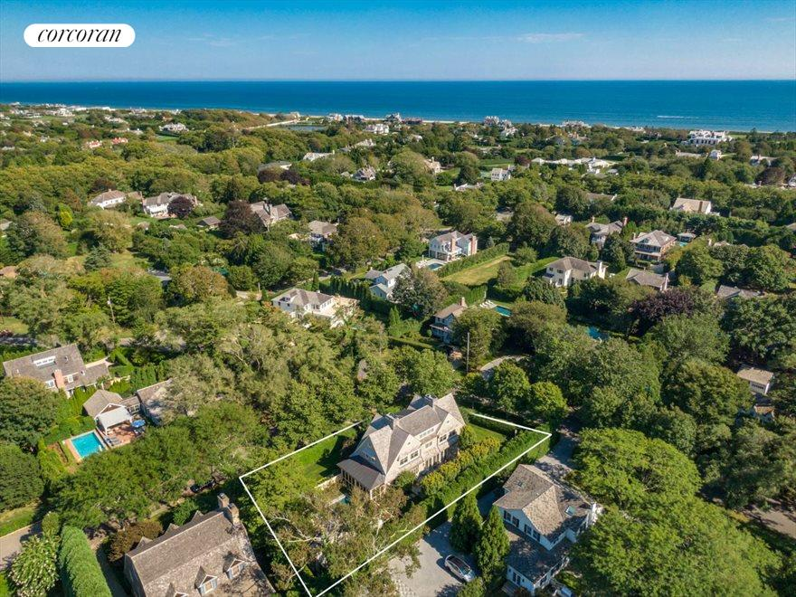 The Hamptons Real Estate | View 17 Toylsome Place | room 33