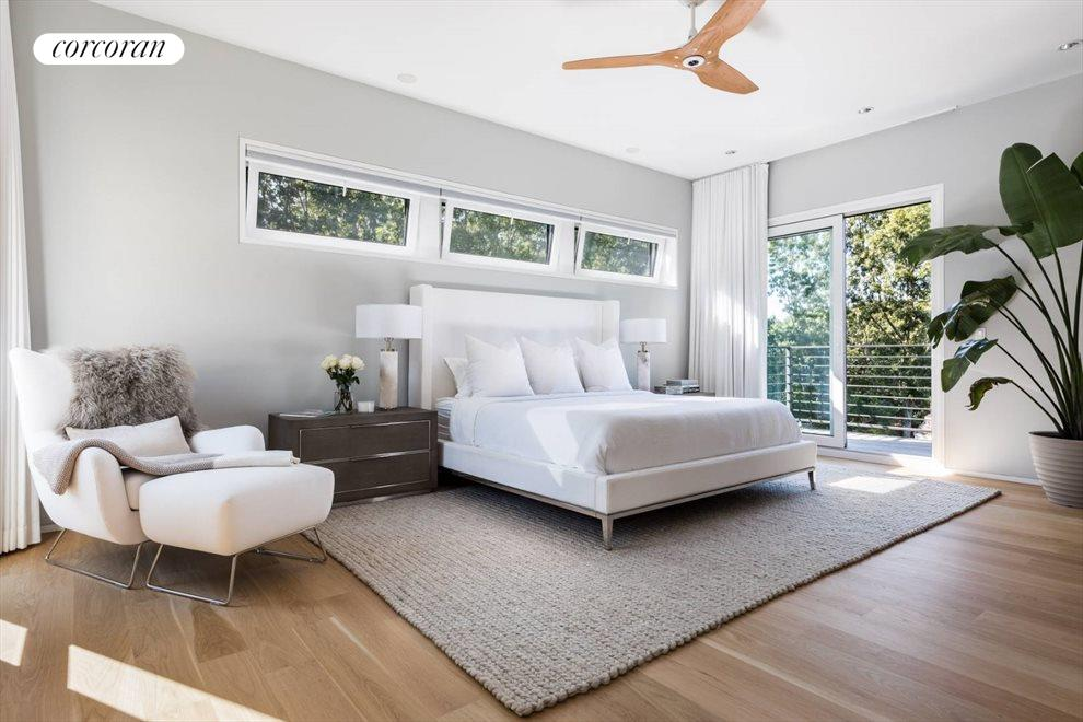 The Hamptons Real Estate | View 29 Margaret Drive | Master Bedroom