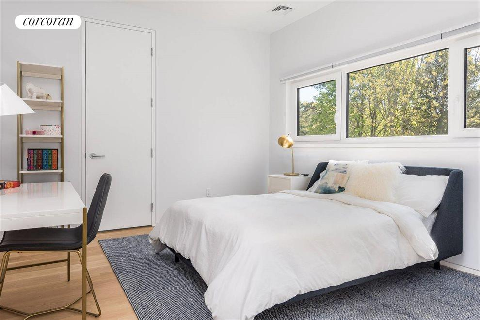 The Hamptons Real Estate | View 29 Margaret Drive | Guest Bedroom