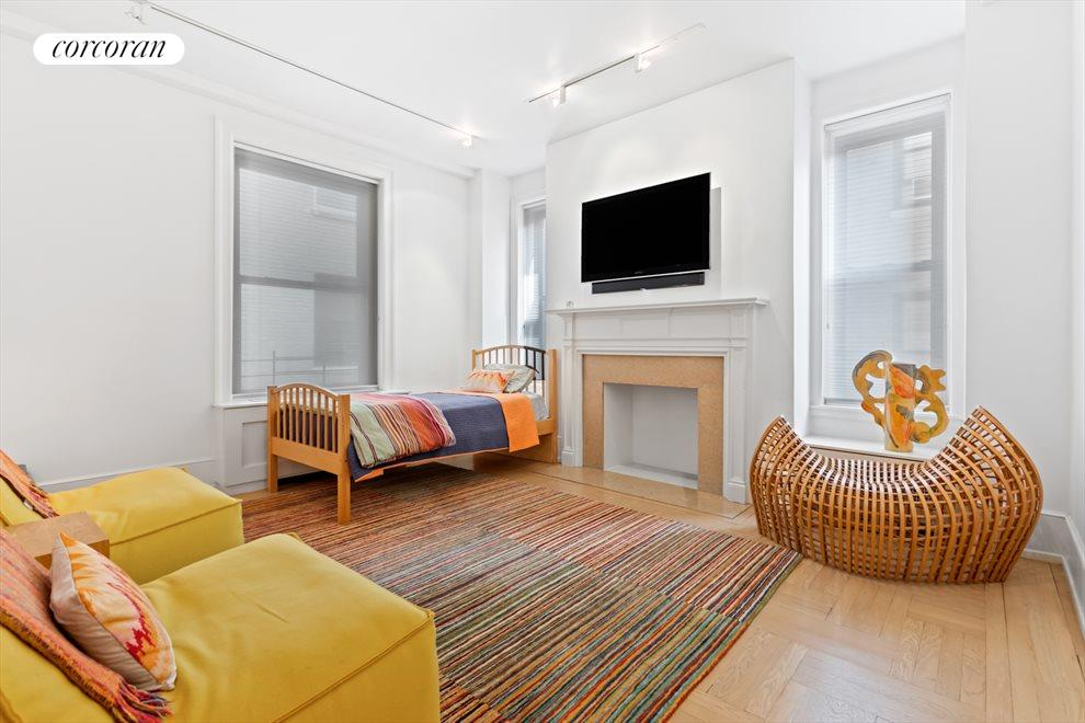 New York City Real Estate | View 137 Riverside Drive, #6/7D | room 17