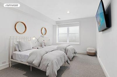 The Hamptons Real Estate | View 25 Quarty Circle | room 24