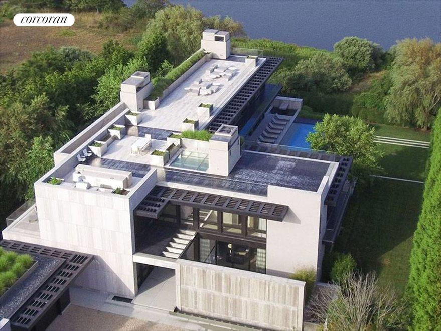 The Hamptons Real Estate | View 142 Crestview Lane | aerial view