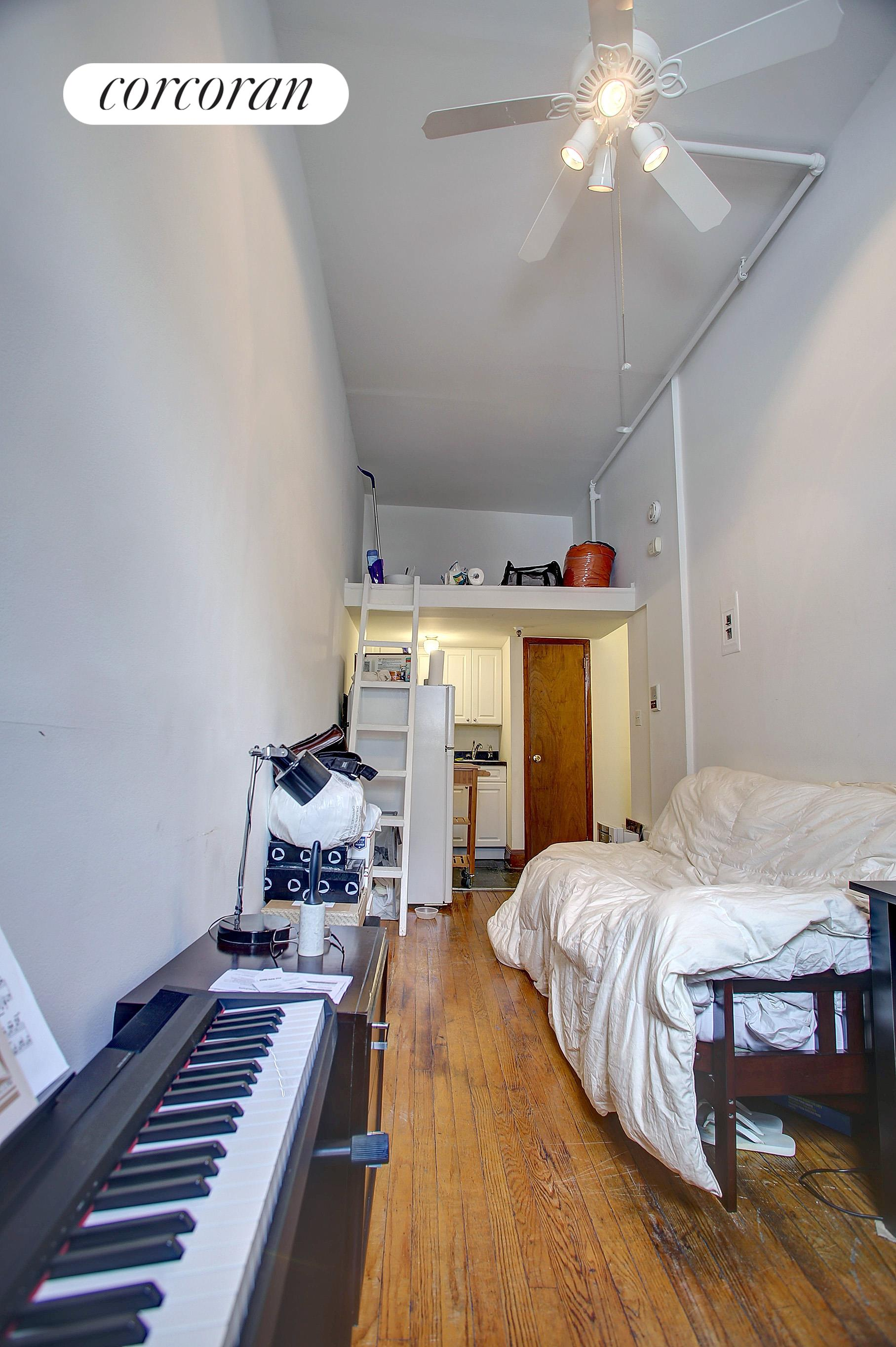304 West 30th Street Interior Photo