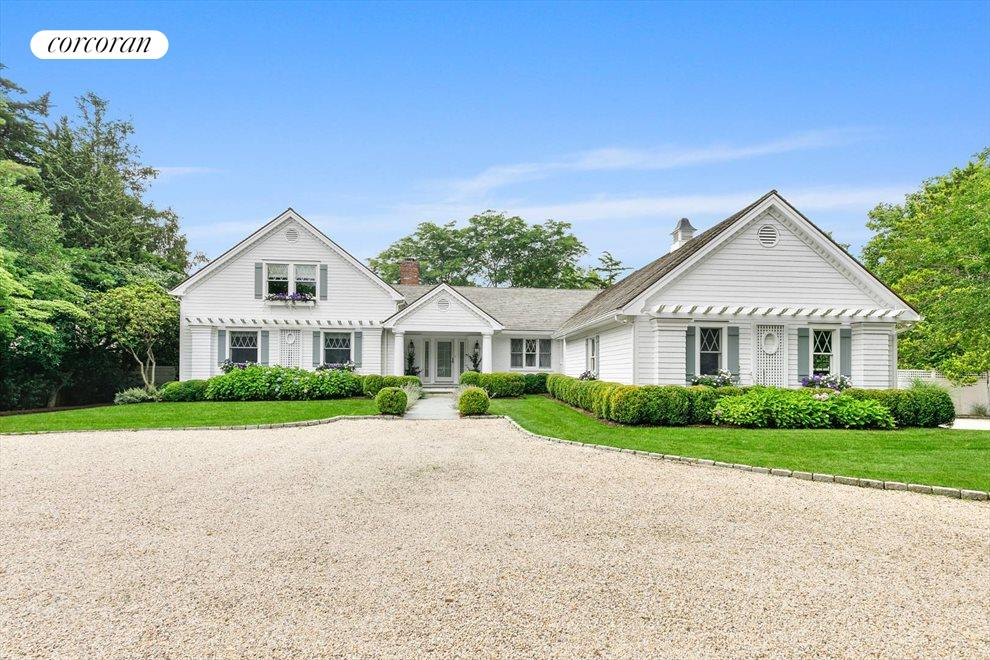 The Hamptons Real Estate | View 156 Meadowmere Lane | room 3