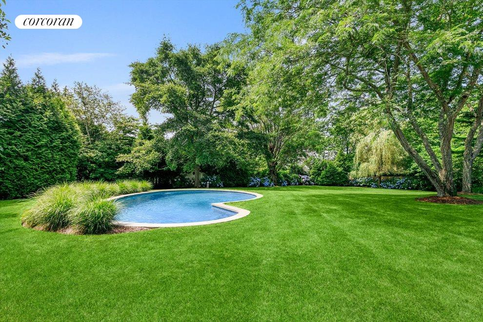 The Hamptons Real Estate | View 156 Meadowmere Lane | room 7