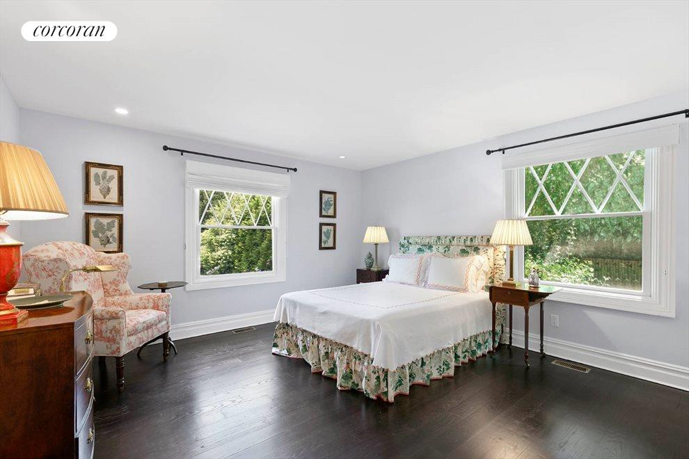 The Hamptons Real Estate | View 156 Meadowmere Lane | room 29