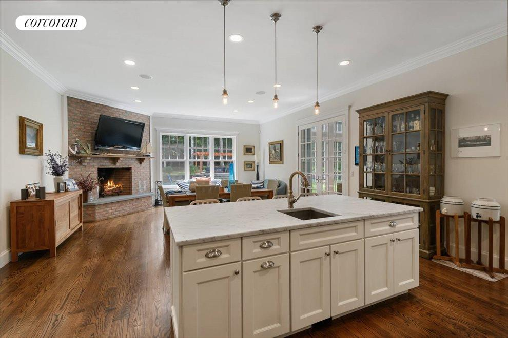 The Hamptons Real Estate | View 206 Bull Path | room 5