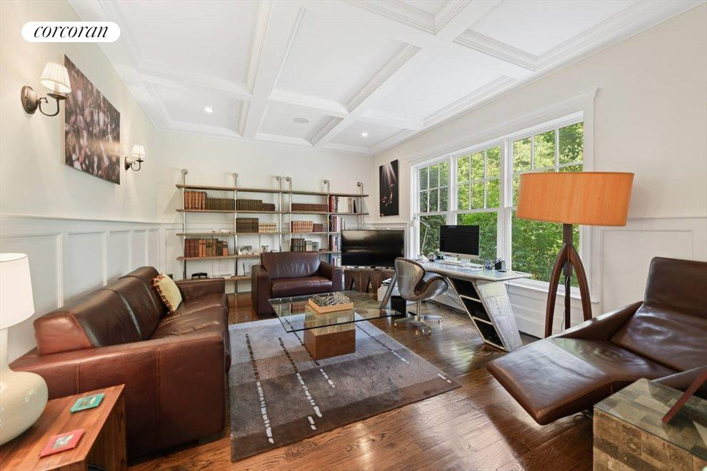 The Hamptons Real Estate | View 206 Bull Path | room 8