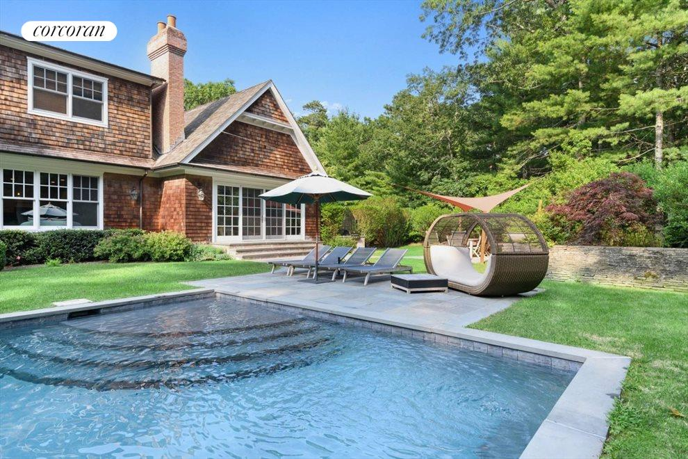 The Hamptons Real Estate | View 206 Bull Path | room 11