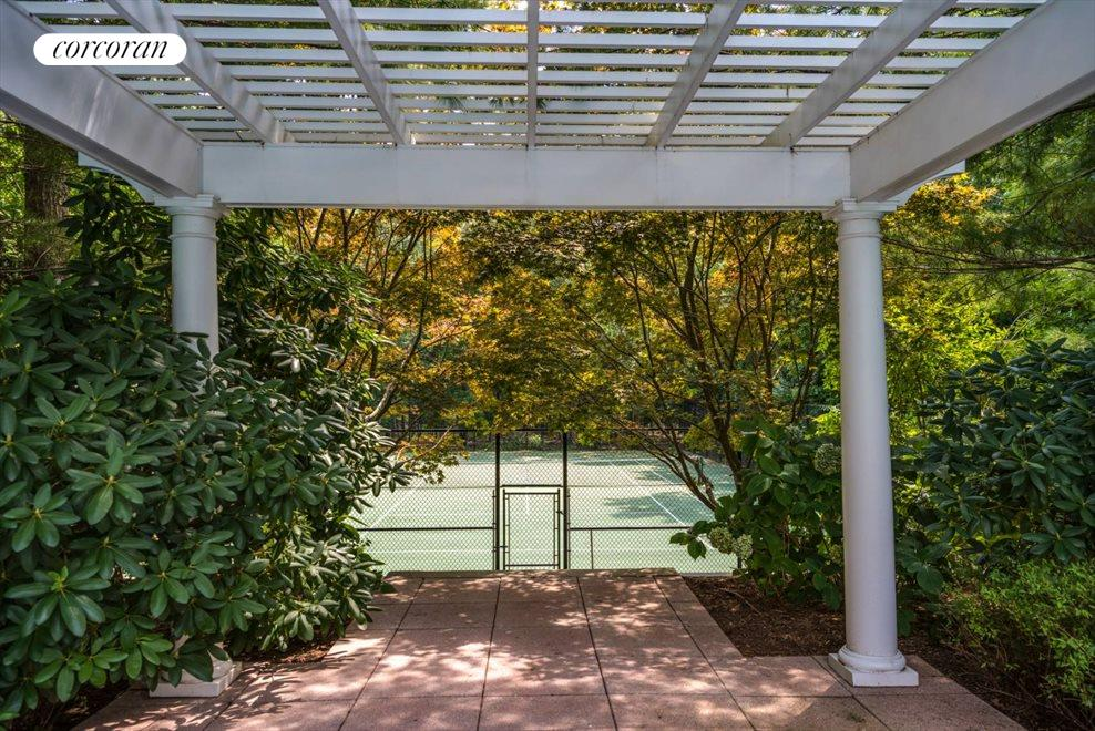 The Hamptons Real Estate | View 204 Little Noyac Path | room 7
