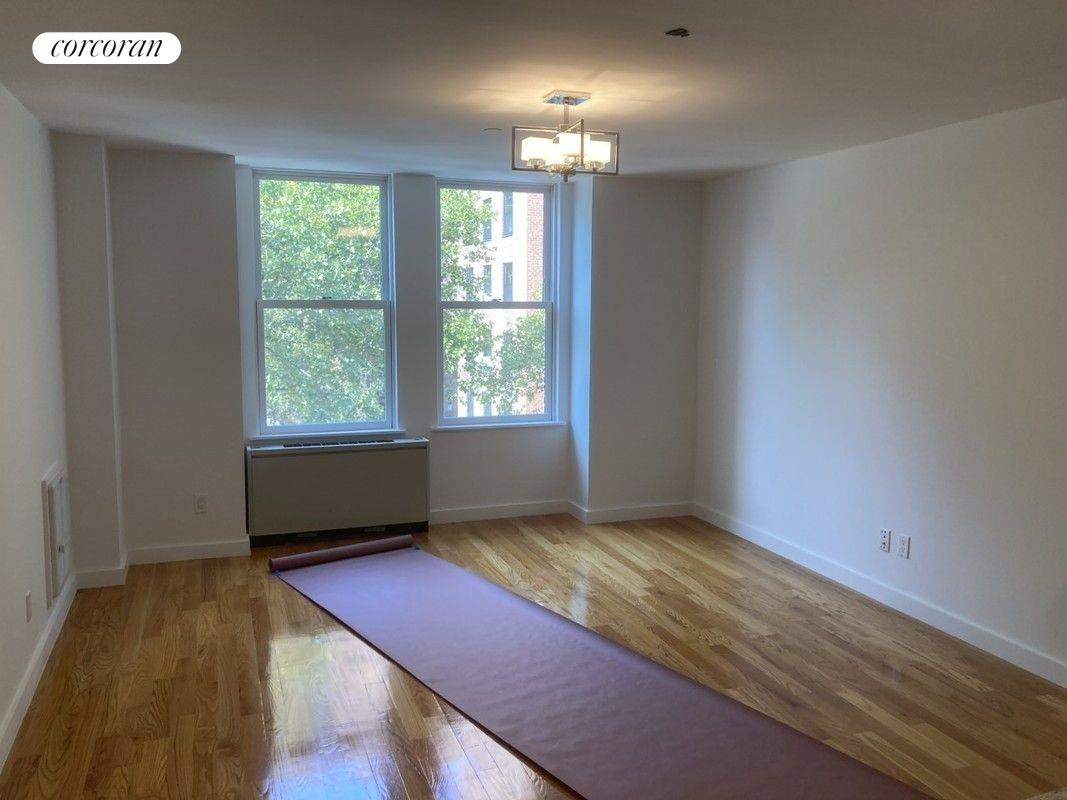 367 Waverly Avenue Interior Photo