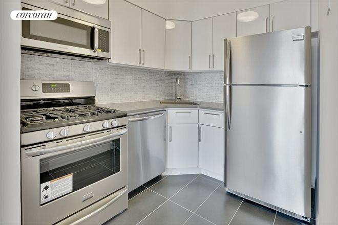 135-08 82nd Avenue, 501, Living and dining