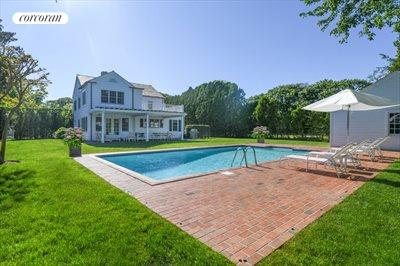 The Hamptons Real Estate | View 296 Little Plains Road | room 2