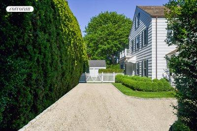 The Hamptons Real Estate | View 296 Little Plains Road | room 4