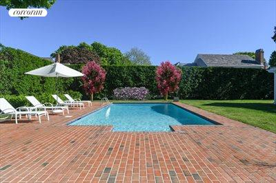 The Hamptons Real Estate | View 296 Little Plains Road | room 7