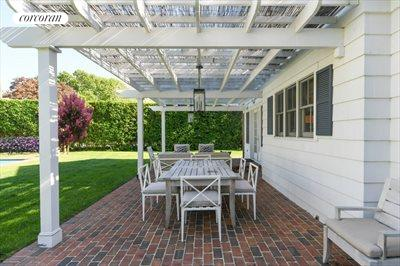 The Hamptons Real Estate | View 296 Little Plains Road | room 8