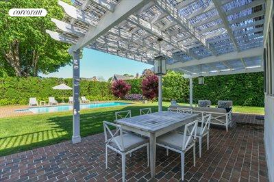 The Hamptons Real Estate | View 296 Little Plains Road | room 10